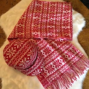 Pink Cashmere Scarf and matching Hat